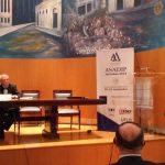 Conferencia magistral de clausura, a cargo de Jurguen Basedow. Presentado por Didier Opertti Badán.